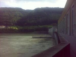 Wasserkraftwerk zwischen Deutschland und Österreich